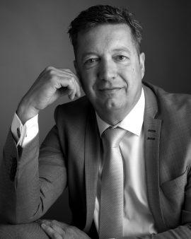 Dirk Ganzinga, Petram & Co