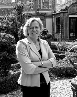 Adriana Esmeijer, Inspirator van hedendaags mecenaat